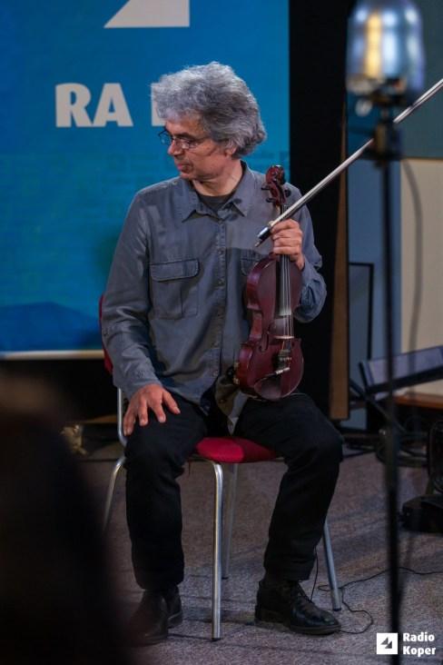 Vlado-batista-stringsi-jazz-v-hendrixu-foto-a-radin (5)