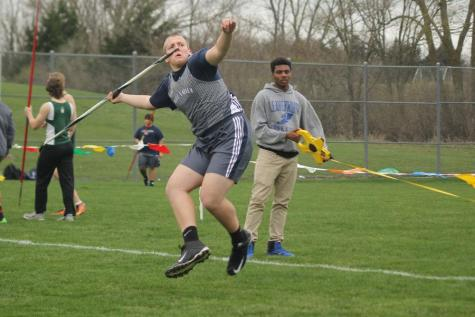 Girls and boys track and field place in the top three at Leavenworth Invitational