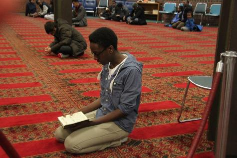Muslim students find their place at Mounds View