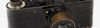 ckck: This 1923 Leica 0-Series camera went for $1,900,000 at an auction in Vienna this weekend, maki