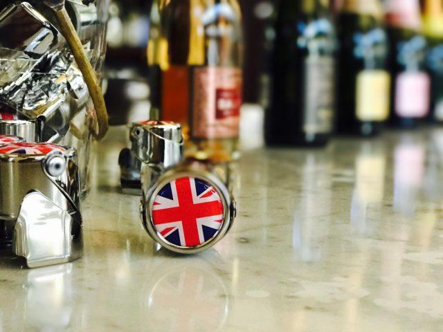 Hugh & Red Johnson Talk English Fizz (Your Royal Wedding Prep)