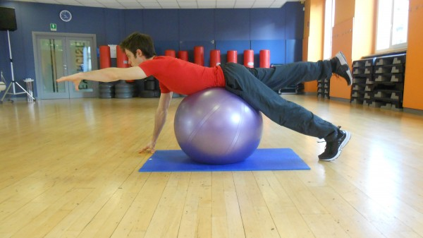 SUPERMAN SU FITBALL 1