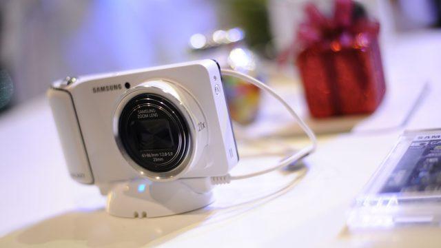 Samsung Galaxy Camera กล้องดิจิตอลระบบแอนดรอยด์แนวๆ พบกันได้แล้วที่งาน Photo Fair 2012