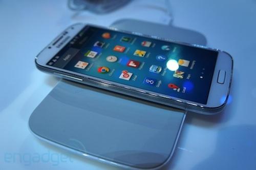 สะอึกเบาๆ… Galaxy S4 เปิดราคาในอังกฤษสุดสะท้านทรวง