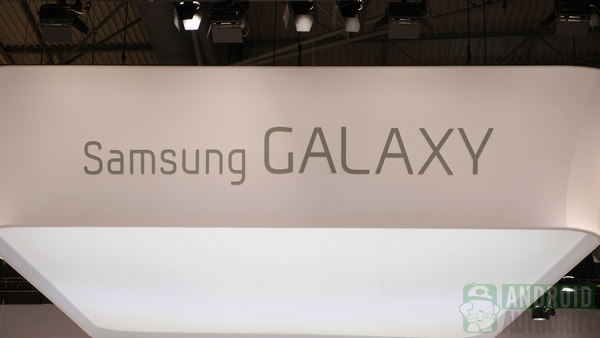 แค่นี้ก็ซี้ด… Galaxy S4 Zoom จะมาพร้อมระบบกล้อง Optical Zoom