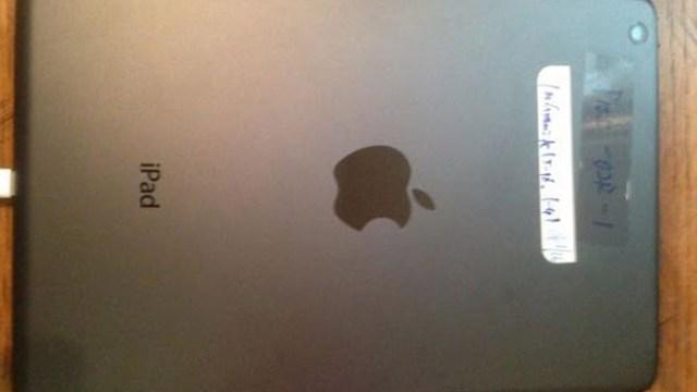 มาเพิ่มอีก… เขาว่านี่คือภาพหลุดตัวเครื่อง iPad 5 ในเดือนหก