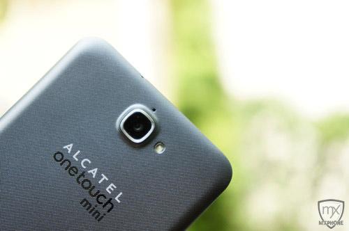 กุมภาพันธ์ปีหน้าเจอกัน!! Alcatel onetouch Flash mini เล็กกว่า ถูกยิ่งกว่า แรงเหมือนเดิม!!