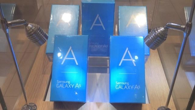พร้อม!! Samsung Galaxy A5 เริ่มวางขายแล้ววันนี้ที่ซัมซุงแบรนด์ช้อป ราคา 12,900 บาท