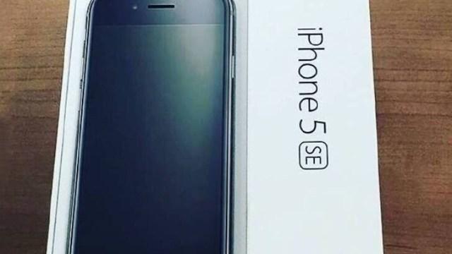 หลุดจากกล่อง! เผยโฉม iPhone 5se ก่อนเปิดตัวจริง 22 มีนาคมนี้