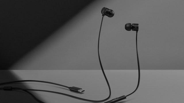 เจ้าของแบรนด์คอนเฟิร์ม OnePlus 6T จะไม่มีช่องเสียบหูฟัง 3.5 มม.