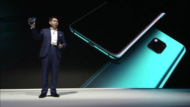ไม่ผิดหวัง! Huawei เปิดตัว Mate20 Series จัดเต็มกล้องหลัง 3 ตัว Leica ระบบ AI แบบคู่ ดีไซน์สุดงาม