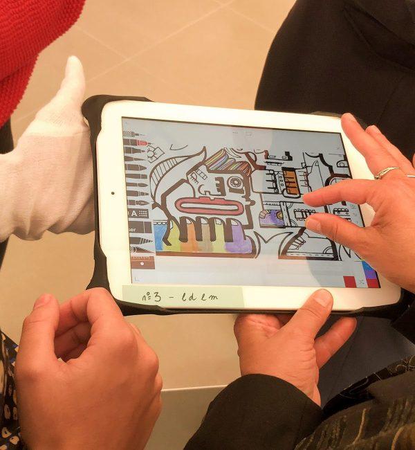Dessin sur tableau pour la fresque digitale