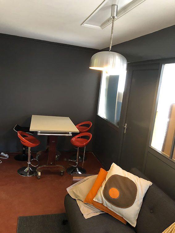 Espace Salle à Manger dans Bureaux et Habitation à vendre situés au 1 rue Saint Léonard 69270 Couzon-au-Mont-d'Or