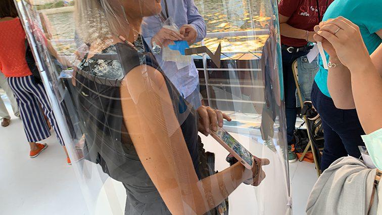 idée de team building fresque plexi à Lyon par my art box et aNa artiste