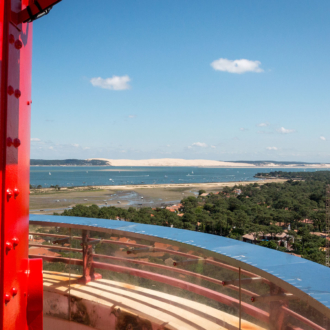 Vue sur la Dune du Pilat depuis le phare du Cap Ferret