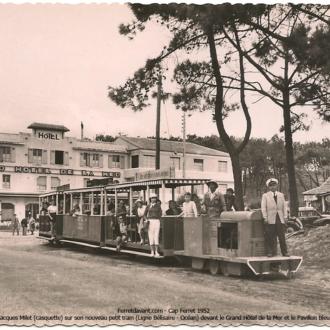 Carte postale ancienne du petit train du Cap Ferret - Collection Ferretdavant 4/9