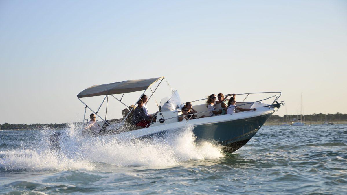 Location de bateau à moteur au Cap Ferret