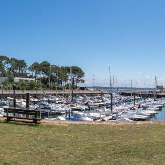 Le port de La Vigne sur la presqu'ile du Cap Ferret