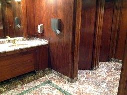 Non mais même les toilettes sont so chic !
