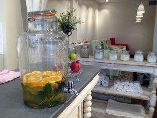 eau-de-fruits-free-persephone