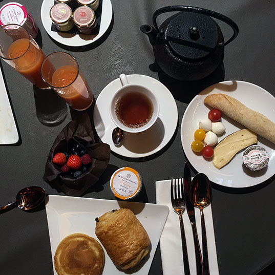 buffet-petit-dejeuner-buddha-bar-hotel