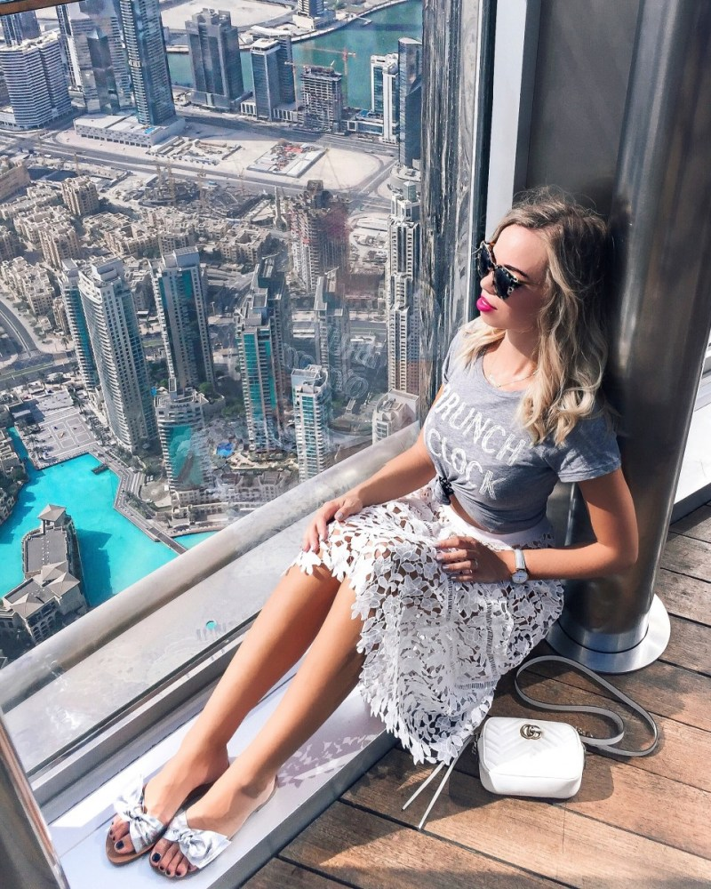 What to wear in Dubai: Outfit Dubai at Burj Khalifa