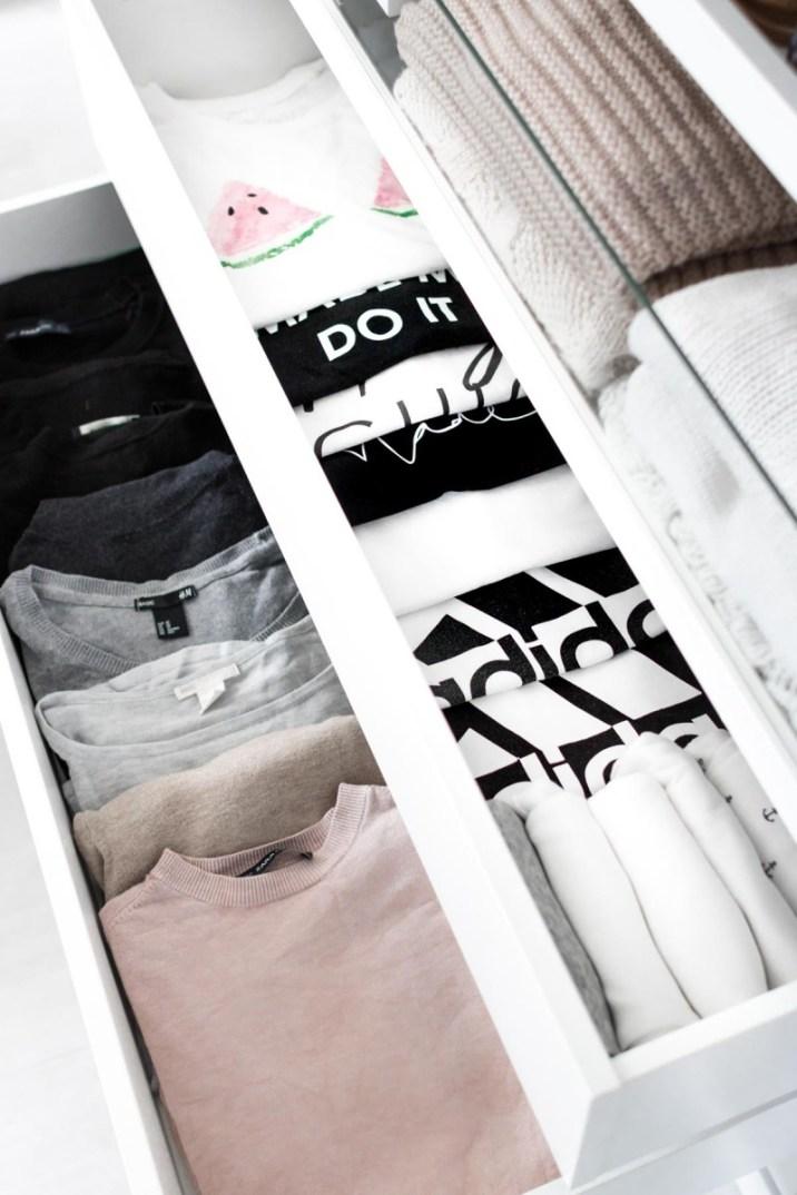 Schrankorganisation- 5 Tipps für mehr Ordnung im offenen Kleiderschrank-10-2