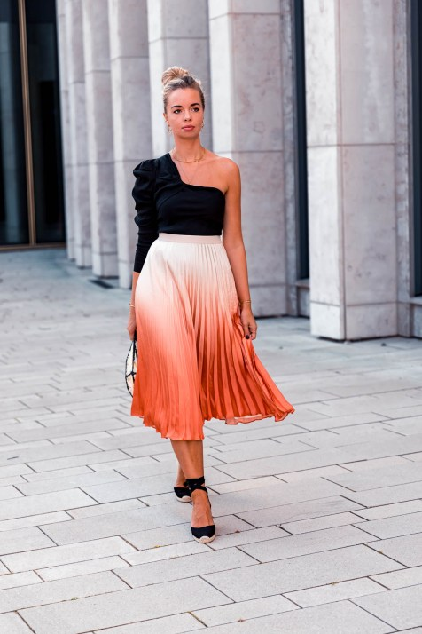 blog-geburtstag-my-philocaly-pleated-skirt-plissee-rock-sommer-outfit-9