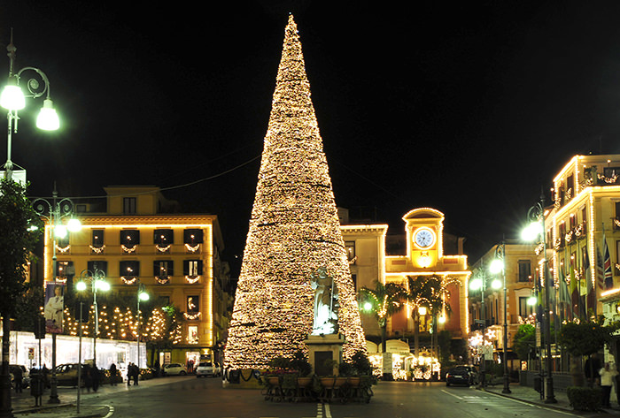 christmas in sorrento_my-rental-homes