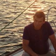 location voilier bateau var promenade balade en mer croisiere a la carte avec skipper provence cote azur bandol cassis marseille my sail croisiere mediterranee apéritif en mer sur le pont