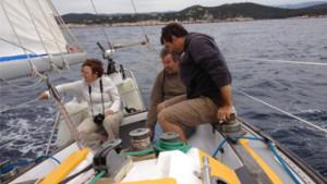 s'initier a la voile avec un skipper professionnel dans le var