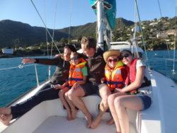 passer une journee en famille en voilier avec une balade en mer dans le var