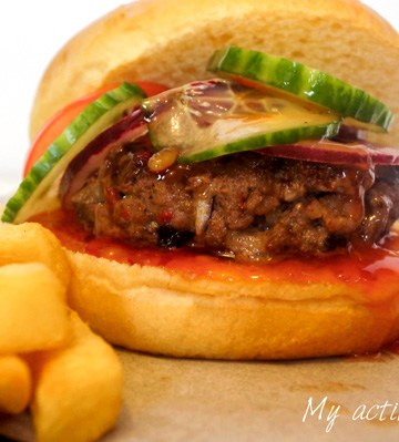 image of suya burger and chips