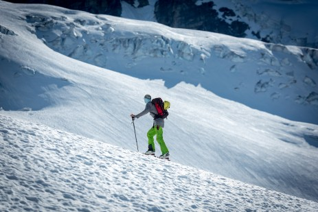 Climbing the Redoubt Glacier