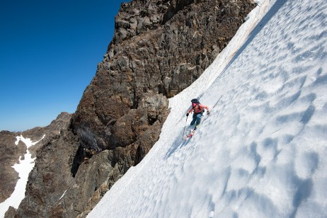 Skiing the N. Face past the crux