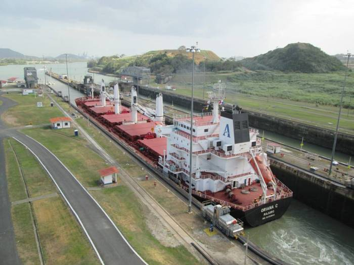 Top Panama tourist attractions: huge cargo ship going through the Miraflores locks