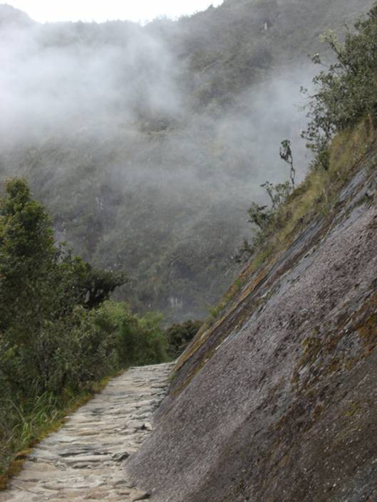 The sacred camino inca is among the best things to do in Peru