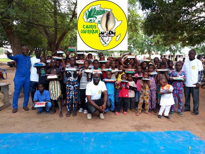 Cauris d'Afrique : la solidarité au menu des valeurs africaines