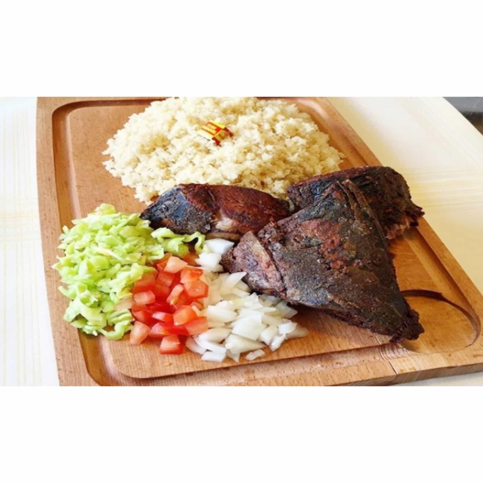 Cuisine/Le GARBA, un plat des mets les plus consommés par les ivoiriens, à la portée de toutes les bourses