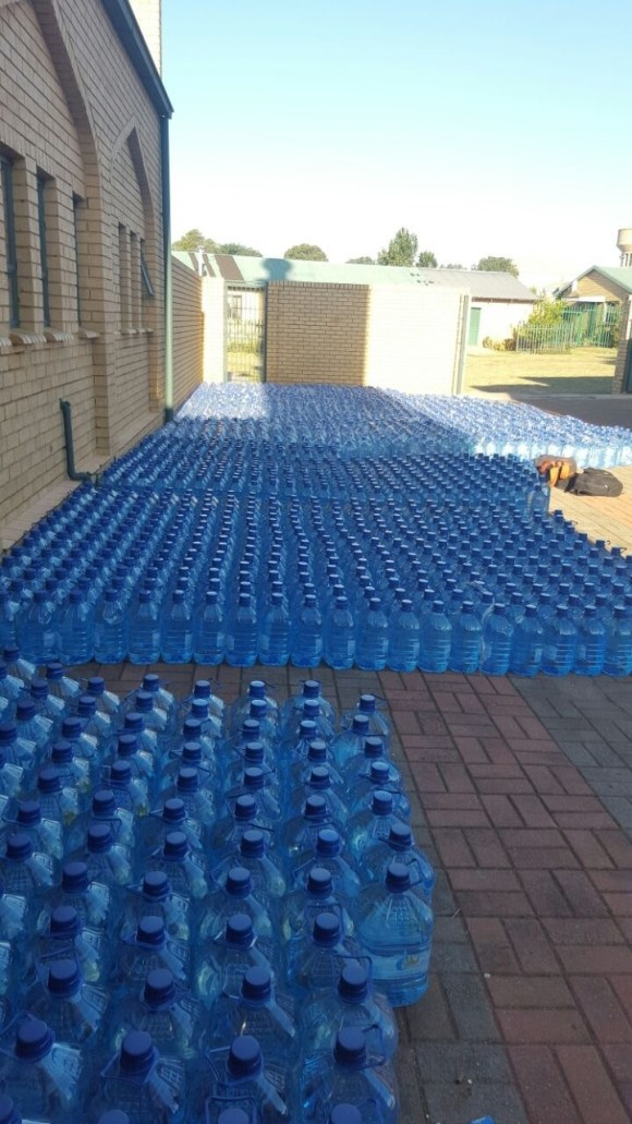 Palm Ridge taps run dry as community spends Human Rights' Day without water