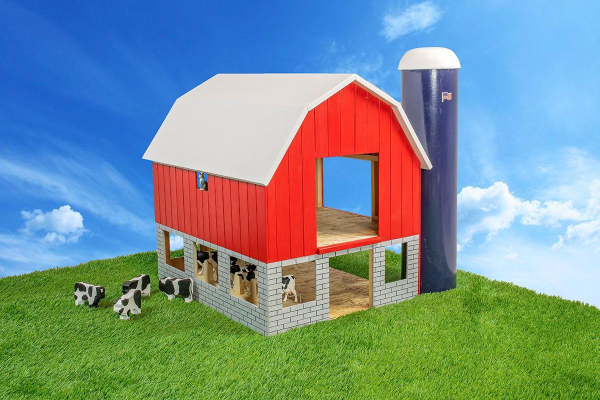 Amish Made Handmade Wooden Farm Toys Big Cow Barn