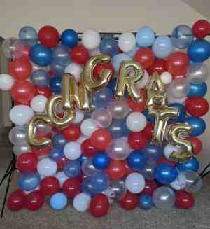 make your own balloon wall