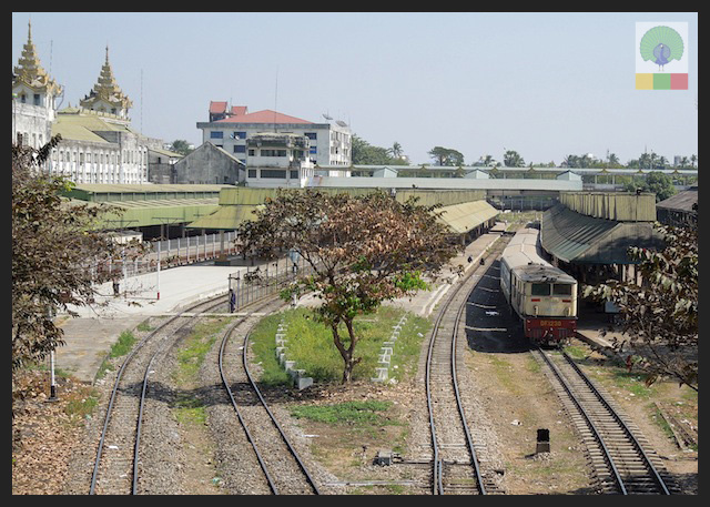 Circle Line Train - Yangon - Myanmar (Burma) 8