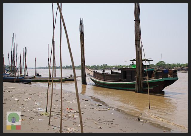 Bamboo cane and boat - Myanmar (Burma)