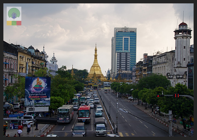 Sule Paya view from the bridge - Yangon - Myanmar (Burma)
