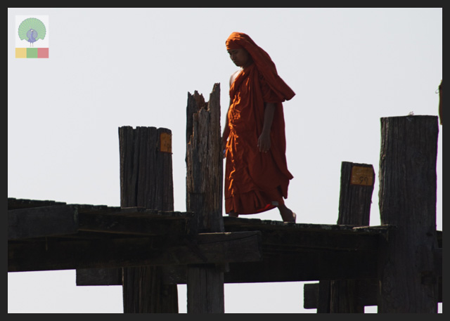 U Bein Teak Bridge - Monk Crossing - Amarapura - Mandalay - Myanmar (Burma)
