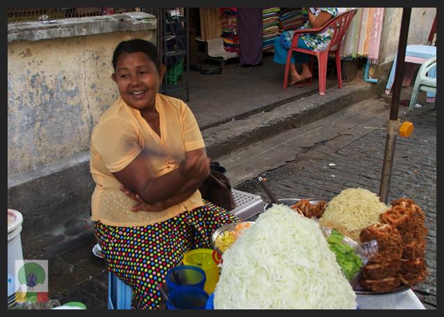Smiles - Burmese Street noodles vendor at Bogyoke market - Yangon - Myanmar (Burma)