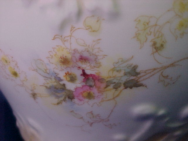 Prettier Antique Bavarian Porcelain 7 Plate Roses And Peony