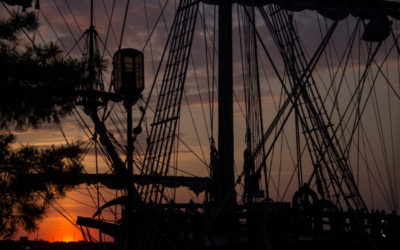 El Galeon Tall Ship