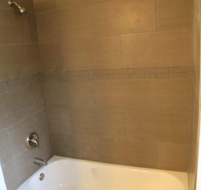 hallway-bathroom-4-683x1024